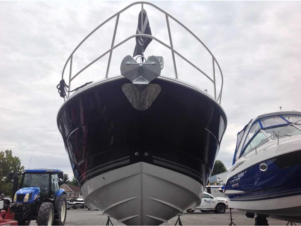 2020 Monterey boat for sale, model of the boat is 335sy & Image # 2 of 25