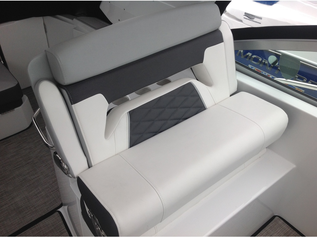 2020 Monterey boat for sale, model of the boat is 335sy & Image # 10 of 25