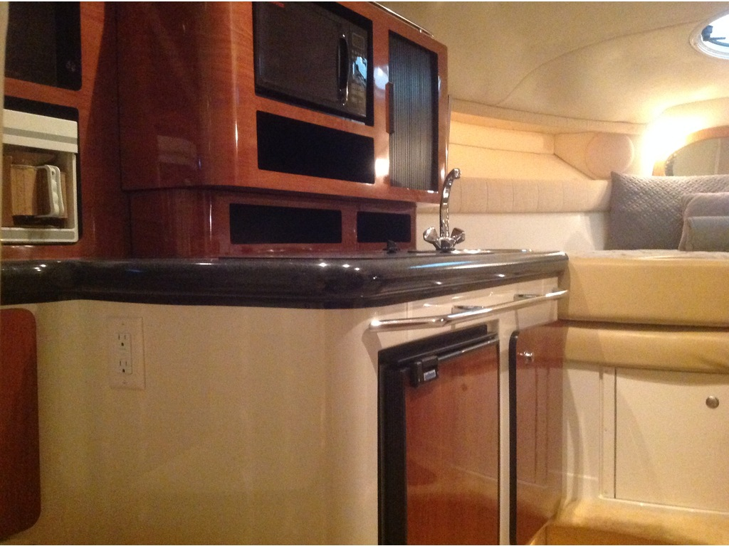 2006 Monterey boat for sale, model of the boat is 282 & Image # 15 of 23