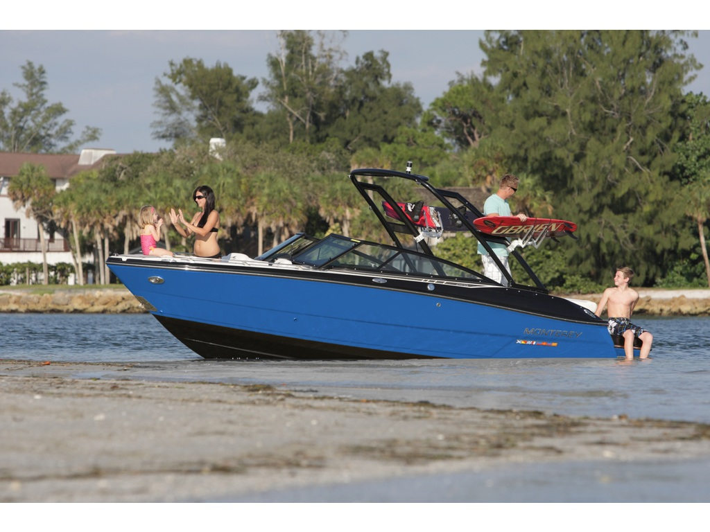 2021 Monterey boat for sale, model of the boat is 218 Ss & Image # 4 of 4
