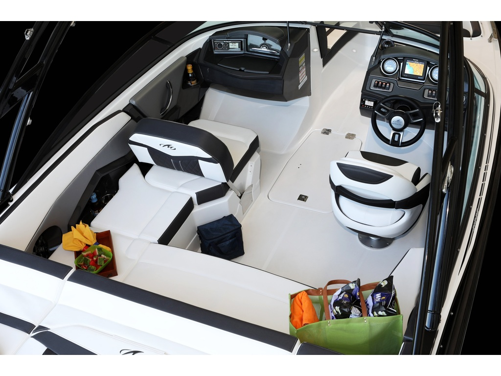 2021 Monterey boat for sale, model of the boat is 218 Ss & Image # 2 of 4