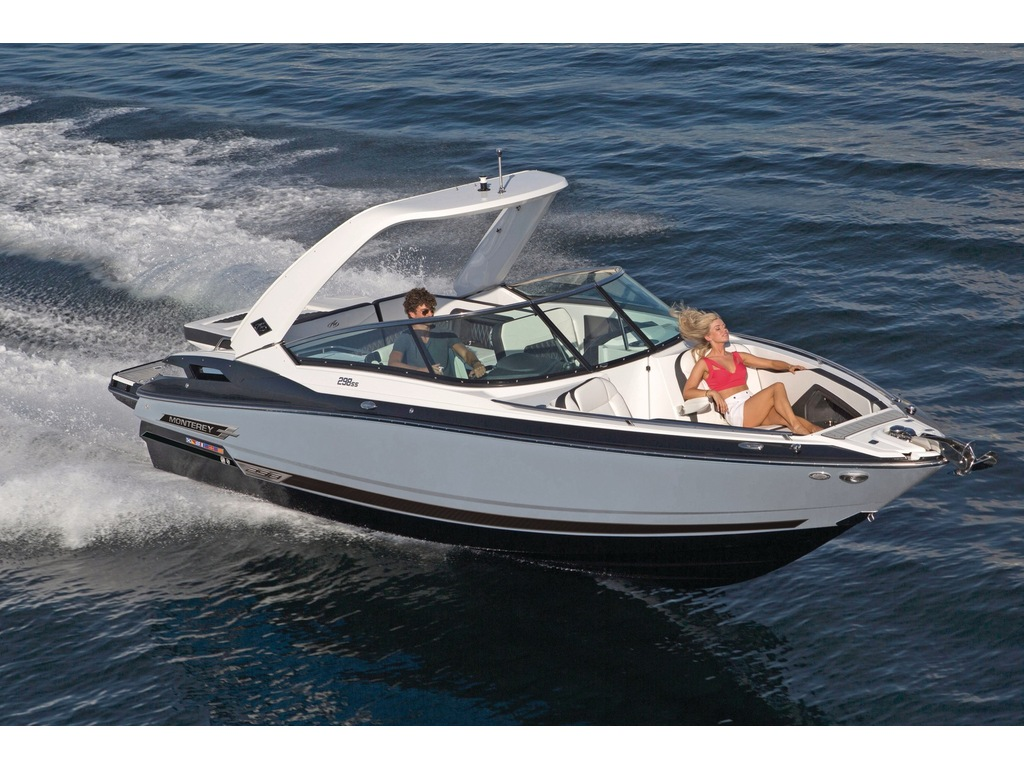 2022 Monterey boat for sale, model of the boat is 298ss & Image # 4 of 4