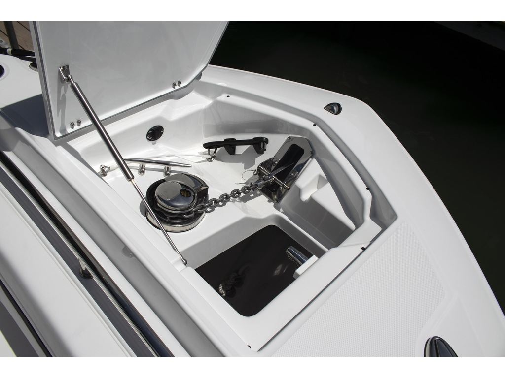 2021 Blackfin boat for sale, model of the boat is 302 Cc & Image # 4 of 12