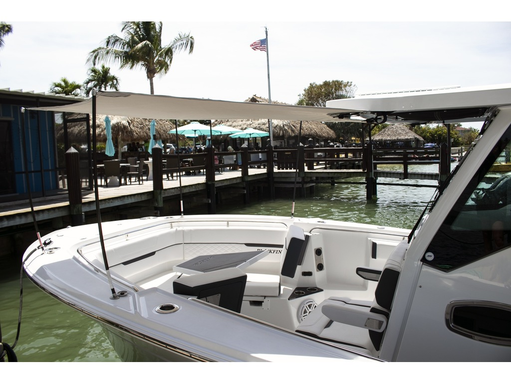 2021 Blackfin boat for sale, model of the boat is 302 Cc & Image # 12 of 12