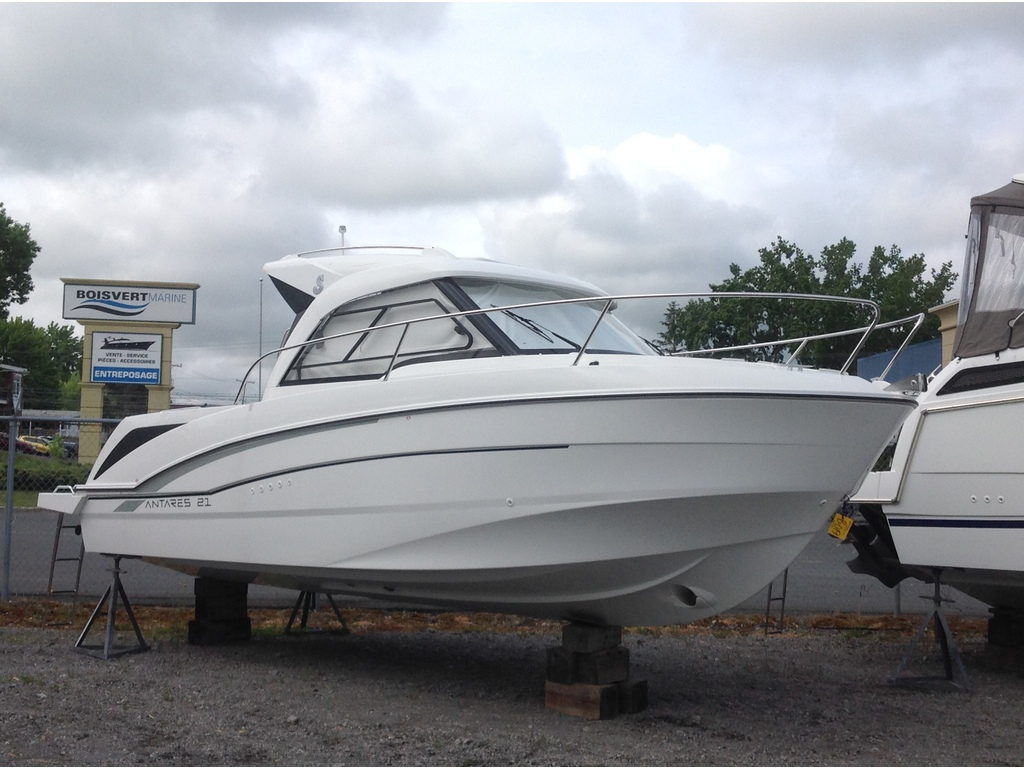 2020 Beneteau boat for sale, model of the boat is Antares 21 O/b & Image # 6 of 12