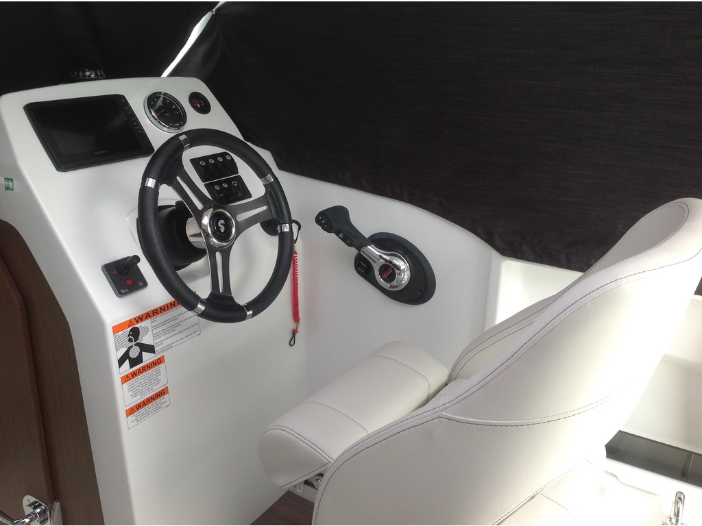 2020 Beneteau boat for sale, model of the boat is Antares 21 O/b & Image # 4 of 12