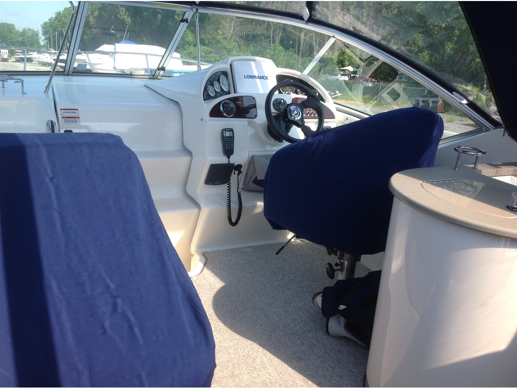 2008 Sea Ray boat for sale, model of the boat is Amberjack 270 & Image # 4 of 16