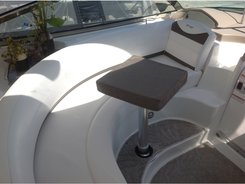2008 Cruisers Yachts boat for sale, model of the boat is 460 Express Hard Top & Image # 6 of 20