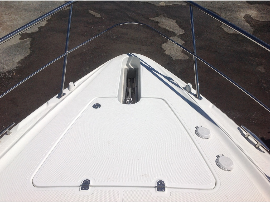 2008 Cruisers Yachts boat for sale, model of the boat is 460 Express Hard Top & Image # 8 of 20
