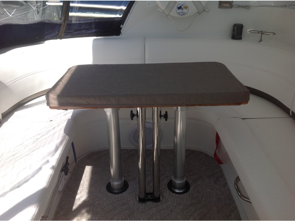 2008 Cruisers Yachts boat for sale, model of the boat is 460 Express Hard Top & Image # 5 of 20