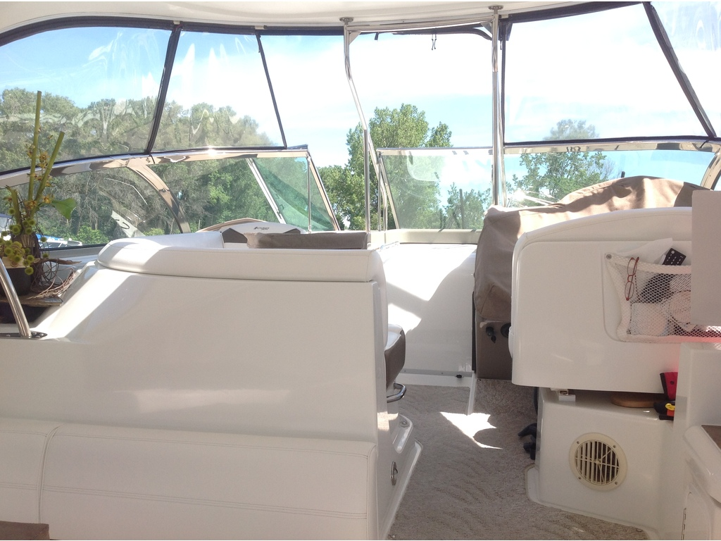 2008 Cruisers Yachts boat for sale, model of the boat is 460 Express Hard Top & Image # 11 of 20