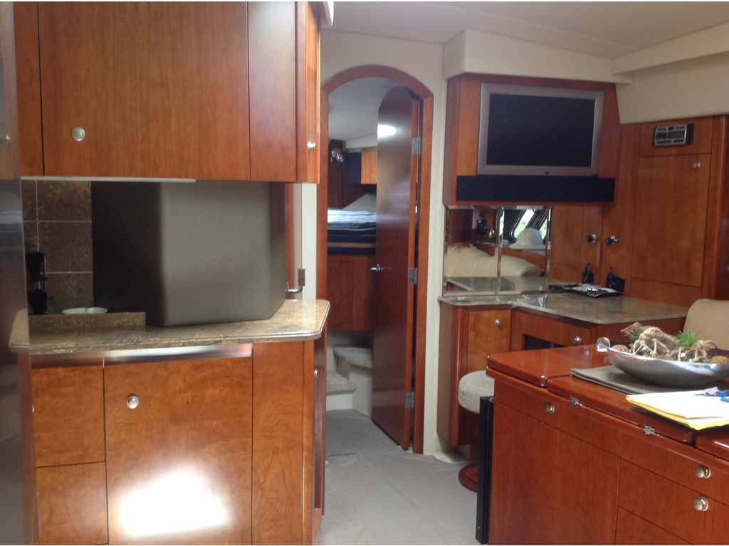 2008 Cruisers Yachts boat for sale, model of the boat is 460 Express Hard Top & Image # 20 of 20