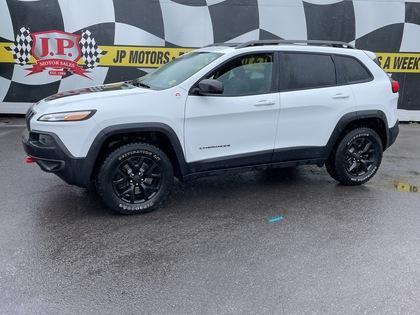 used 2017 Jeep Cherokee car