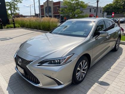 used 2019 Lexus ES 300h car, priced at $47,995